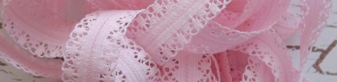 pinklace